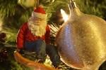 """Santa Clause freut sich über das Verschieben von Weihnachten: """"Endlich liegen Dezemberferien in Thailand drin."""""""